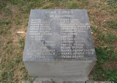 Hangony világháborús emlékmű 2008.09.14. küldő-Kályhás (5)