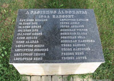 Hangony világháborús emlékmű 2008.09.14. küldő-Kályhás (6)