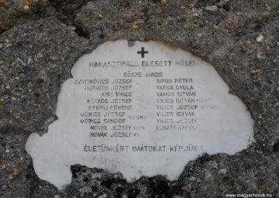Harasztifalu világháborús emlékmű 2009.09.02.küldő-Gyurkusz (2)
