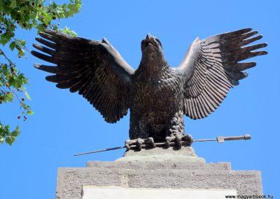 Harsány felújított I.világháborús emlékmű 2012.05.20. küldő-kalyhas (4)