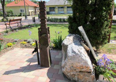 Harsány felújított II.világháborús emlék 2012.05.20. küldő-kalyhas (3)
