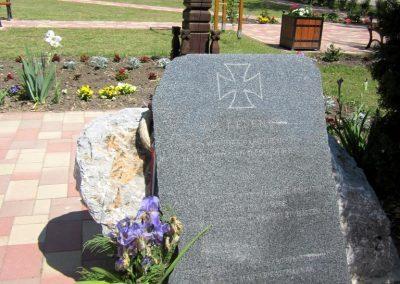 Harsány felújított II.világháborús emlék 2012.05.20. küldő-kalyhas