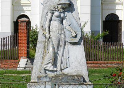 Hedrehely I. világháborús emlékmű 2014.08.28. küldő-Huber Csabáné (1)