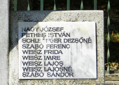Hedrehely II. világháborús emlékmű 2014.08.28. küldő-Huber Csabáné (4)