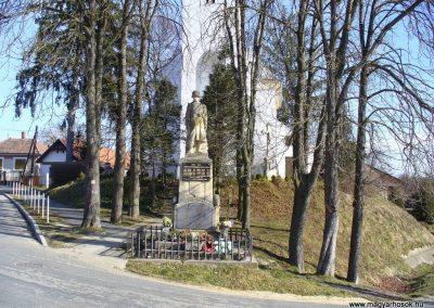 Hegyhátszentjakab világháborús emlékmű 2008.02.19.küldő-HunMi