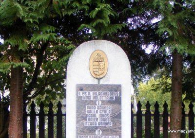 Hegyhátszentmárton világháborús emlékmű 2012.10.08. küldő-Méri (1)