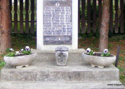 Hegyhátszentmárton világháborús emlékmű 2012.10.08. küldő-Méri (2)