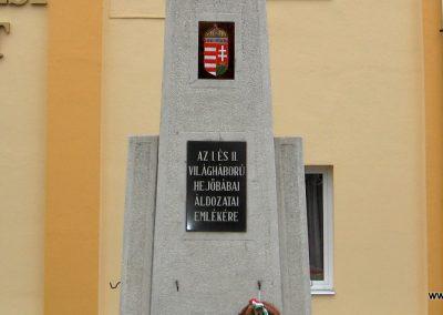 Hejőbába világháborús emlékmű 2007.11.20. küldő-Kályhás (2)