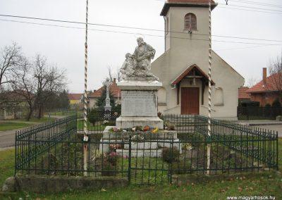 Hejőkeresztúr világháborús emlékmű 2007.11.20. küldő-Kályhás