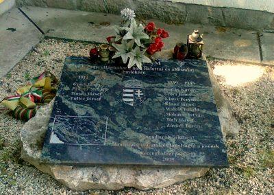 Herceghalom világháborús emlékmű 2011.05.24. küldő-Csiszár Lehel (1)