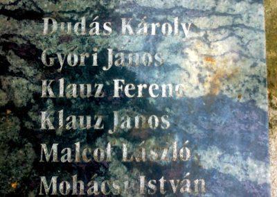 Herceghalom világháborús emlékmű 2011.05.24. küldő-Csiszár Lehel (5)