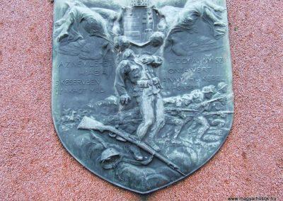 Hercegszántó I.vh emlékmű 2007.12.08. küldő-Markó Péter (2)
