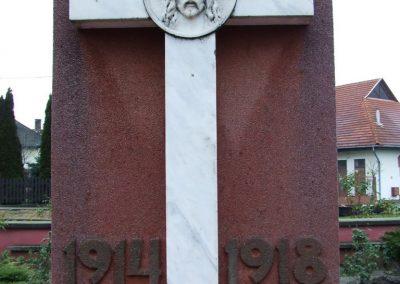 Hercegszántó I.vh emlékmű 2007.12.08. küldő-Markó Péter