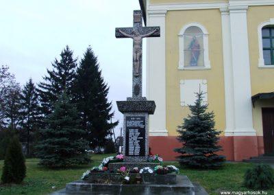 Hercegszántó II.vh emlékmű 2007.12.08. küldő-Markó Péter