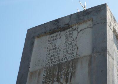 Heresznye világháborús emlékmű 2009.05.08.küldő-Sümec (2)
