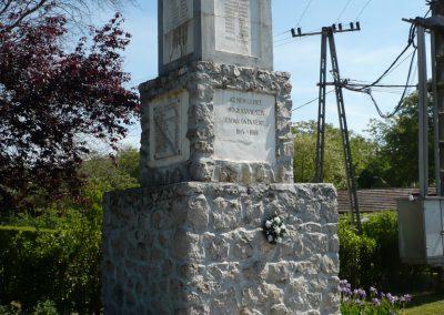 Heresznye világháborús emlékmű 2009.05.08.küldő-Sümec