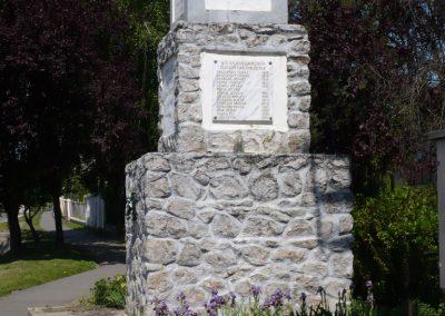Heresznye világháborús emlékmű 2009.05.08.küldő-Sümec (8)