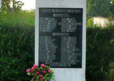 Hernádcéce világháborús emlékmű 2009.09.08.küldő-Gombóc Arthur (1)