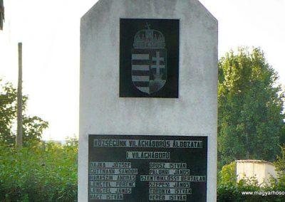 Hernádcéce világháborús emlékmű 2009.09.08.küldő-Gombóc Arthur (2)