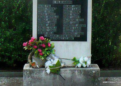 Hernádcéce világháborús emlékmű 2009.09.08.küldő-Gombóc Arthur (3)