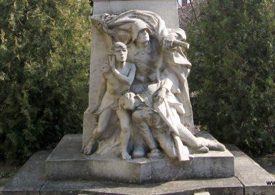 Hernádnémeti I.vh emlékmű 2009.03.21. küldő-kalyhas (2)