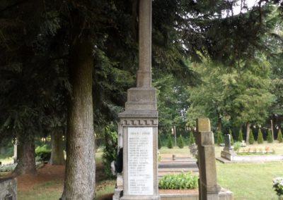 Hernyék világháborús emlékmű 2016.08.13. küldő-kalyhas (3)
