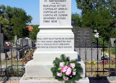 Hetény világháborús emlékmű 2013.07.21. küldő-Méri (2)