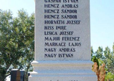 Hetény világháborús emlékmű 2013.07.21. küldő-Méri (4)