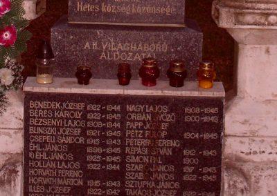 Hetes világháborús emlékmű 2008.06.19. küldő-Nerr (6)