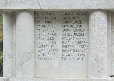 Heves I.vh emlékmű 2007.08.21. küldő-kalyhas (11)