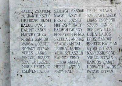 Heves I.vh emlékmű 2007.08.21. küldő-kalyhas (4)