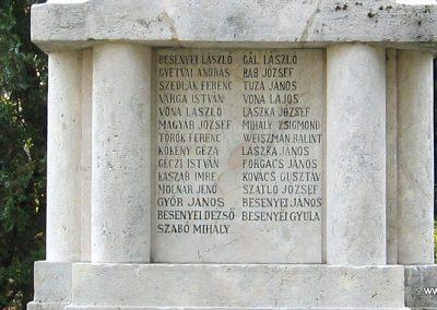 Heves I.vh emlékmű 2007.08.21. küldő-kalyhas (6)