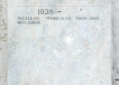 Heves I.vh emlékmű 2007.08.21. küldő-kalyhas (9)