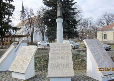 Heves II. világháborús emlékmű 2019.02.13. küldő-kalyhas (10)