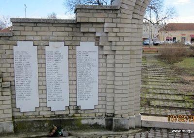 Heves II. világháborús emlékmű 2019.02.13. küldő-kalyhas (16)