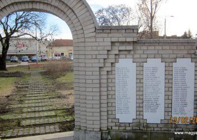 Heves II. világháborús emlékmű 2019.02.13. küldő-kalyhas (18)
