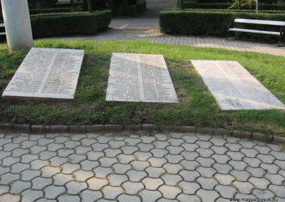 Heves II.vh emlékmű 2007.08.21. küldő-kalyhas (8)