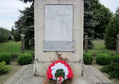 Hodász világháborús emlékmű 2014.04.25. küldő-kalyhas (4)
