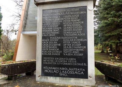 Hollád II. világháborús emlékmű 2014.10.25. küldő-kalyhas (2)