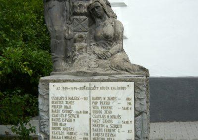 Holtmaros II.vh emlékmű 2011.06.21. küldő-Ágca