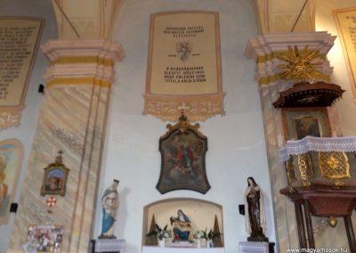 Homokkomárom, templom belső világháborús emlék 2014.10.24. küldő-kalyhas (1)