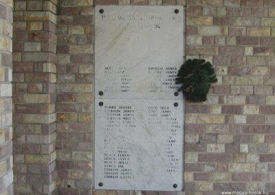 Hort világháborús emlékhely 2008.05.26.küldő-Kályhás (3)
