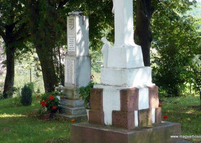 Horvátkút II.vh emlékmű 2010.08.12. küldő-Sümec (3)