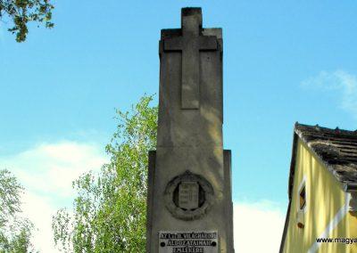 Horvátnádalja világháborús emlékmű 2012.05.05. küldő-gyurkusz (1)