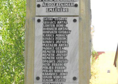 Horvátnádalja világháborús emlékmű 2012.05.05. küldő-gyurkusz (2)
