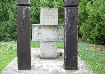 Hosszúhetény II,vh emlékmű 2011.05.21. küldő-Bagoly András (1)
