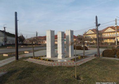 Hosszúpályi hősi emlékmű 2018.01.27. küldő-kalyhas (12)