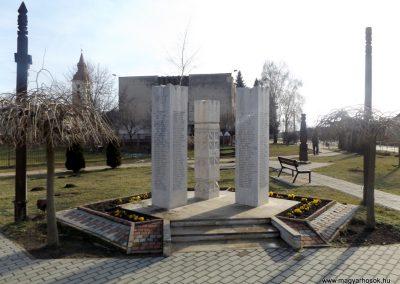 Hosszúpályi hősi emlékmű 2018.01.27. küldő-kalyhas (2)