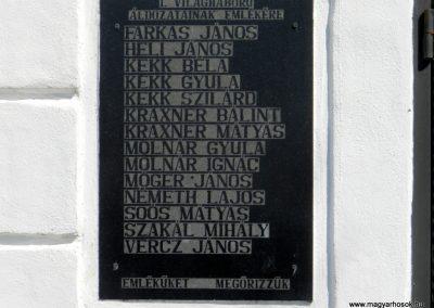 Hosztót világháborús emléktáblák 2018.04.08. küldő-Huber Csabáné (2)