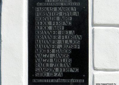 Hosztót világháborús emléktáblák 2018.04.08. küldő-Huber Csabáné (3)